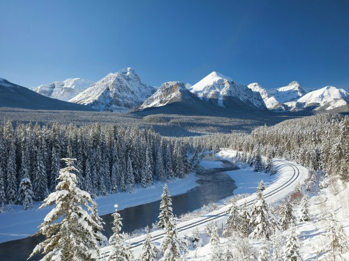 Canada Skiing Special Offer, flights & acc. under £1000 – Unravel Travel TV