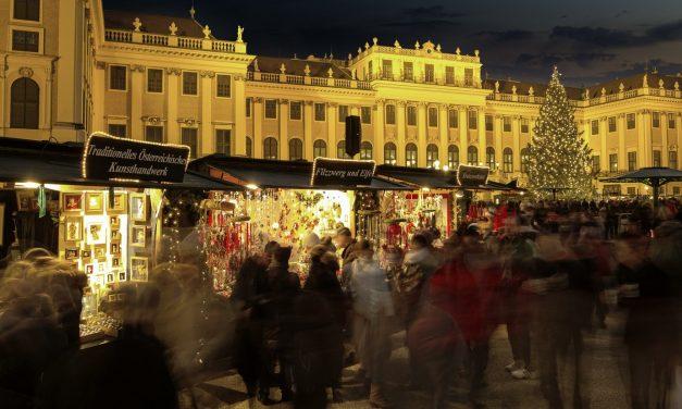 Vienna Christmas Market – Unravel Travel TV